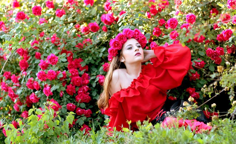 girl-1403423_960_720.jpg