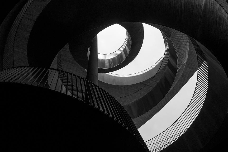 black-and-white-2603593_960_720.jpg